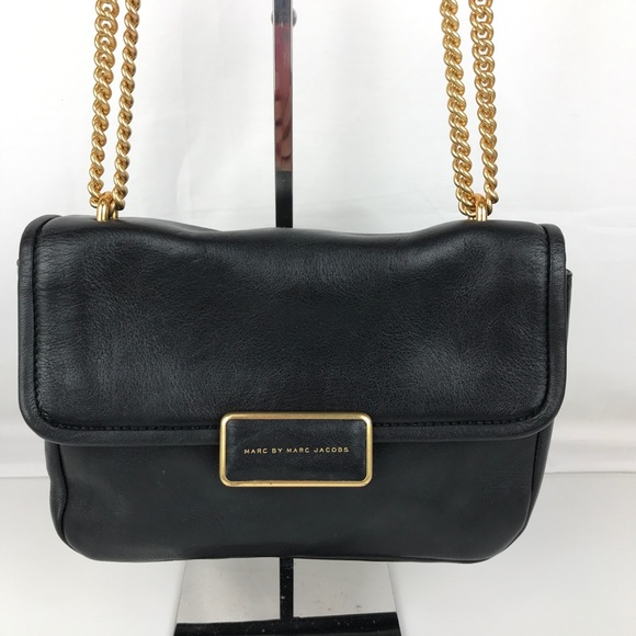 a050dbfba3f1 Marc Jacobs Rebel 24 Black Crossbody M0005316. M 5b85d9ff0945e00cc558c5cb
